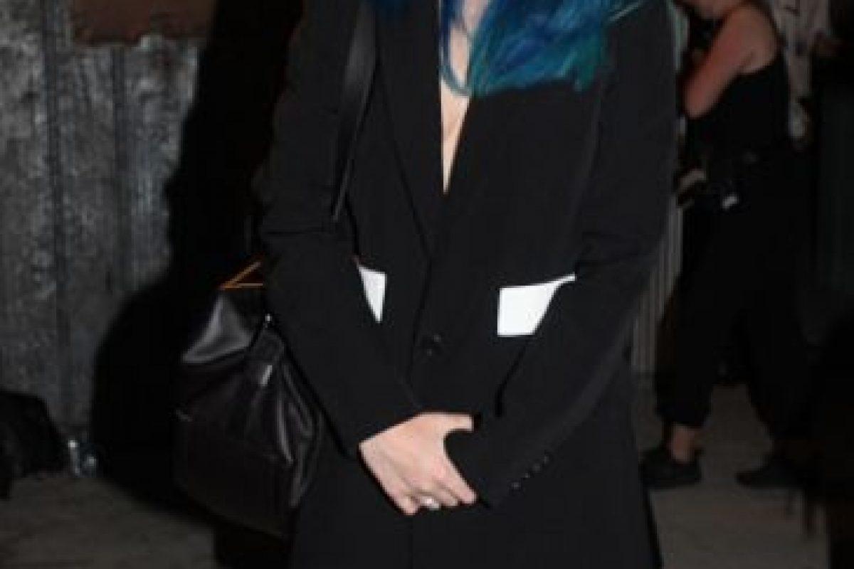 """Sky Ferreira, tratando de impresionar con un look """"fantasmal"""" y """"grunge"""". Foto:vía Getty Images. Imagen Por:"""