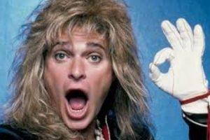 David Lee Roth era el sueño sexual de toda joven que amara el rock en los 80. Foto:vía Getty Images. Imagen Por: