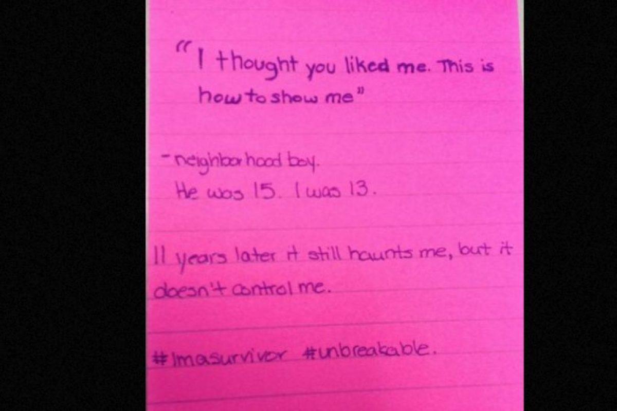 """""""Pensé que yo te gustaba. Esta es la forma de demostrármelo"""": Un vecino. Él tenía 15, yo 13. 11 años después esto aún me persigue, pero no me controla. Foto:vía Project Unbreakable. Imagen Por:"""