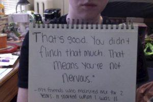 """""""Eso es bueno. No forcejeaste mucho. Eso significa que no tienes nervios"""". Foto:vía Project Unbreakable. Imagen Por:"""