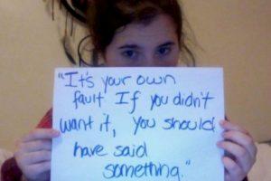 """""""Es tu culpa. Si no lo querías, debiste decir algo"""". Foto:vía Project Unbreakable. Imagen Por:"""