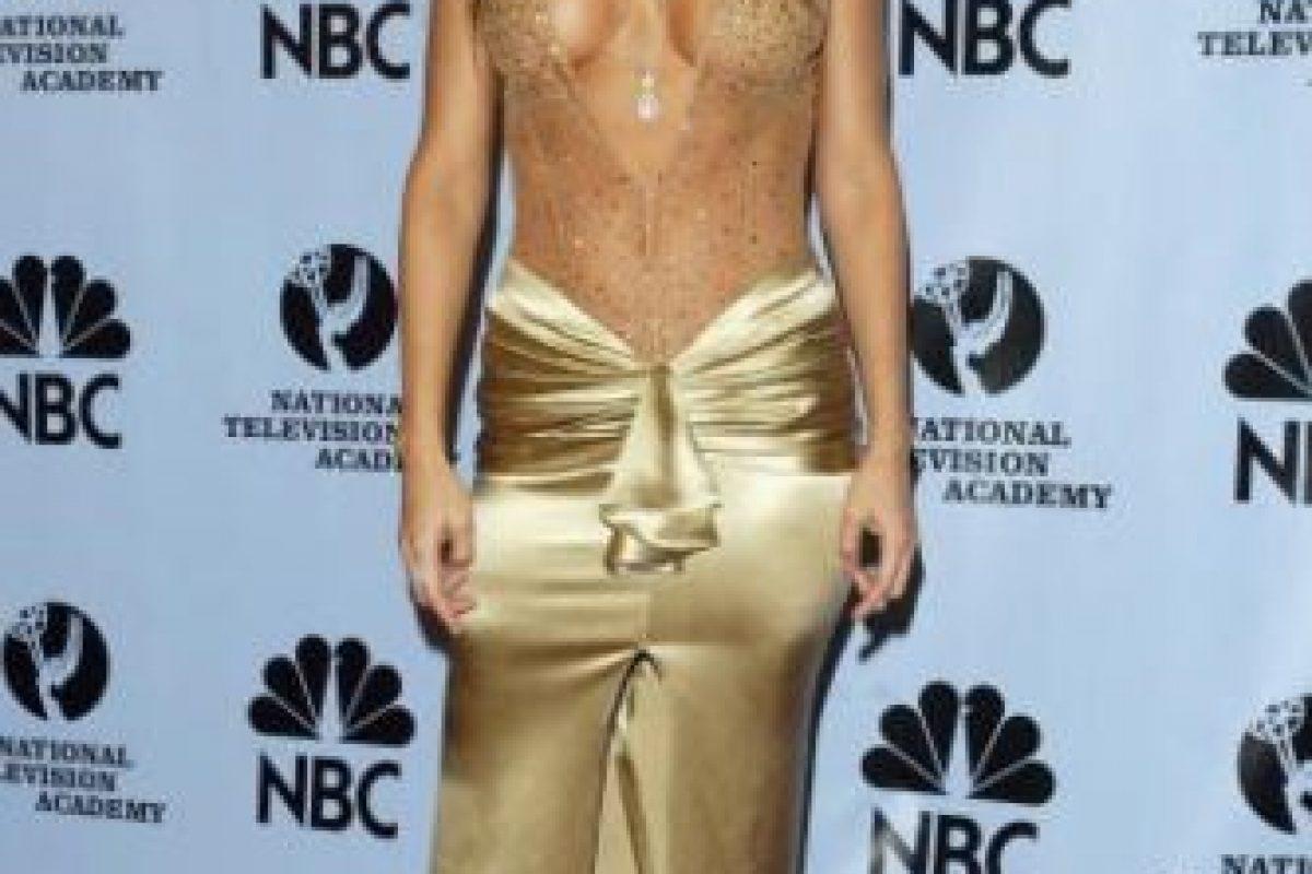 Vanessa Marcil en 2004, vestida como bailarina de orquesta tropical. Foto:vía Getty Images. Imagen Por: