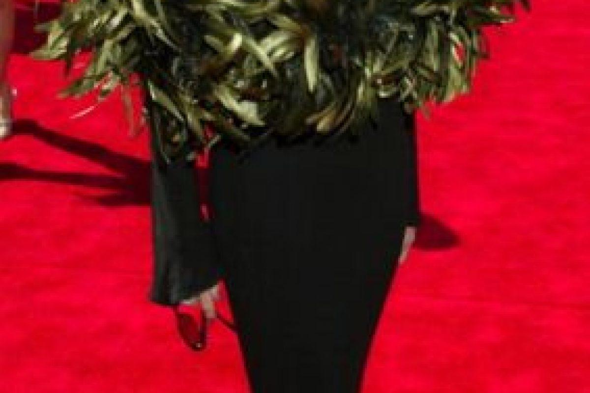 Joan Rivers mató a un pavo real y se coronó con las plumas en 2003. Foto:vía Getty Images. Imagen Por: