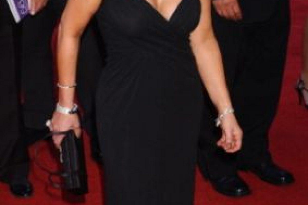 Paula Abdul en 2004, vistiéndose como Mariah Carey en 2015. Foto:vía Getty Images. Imagen Por: