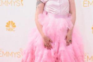 """Parecía el """"Tío Lucas"""" de """"Los Locos Addams 2"""" enfundada en una piñata rosa. Foto:vía Getty Images. Imagen Por:"""