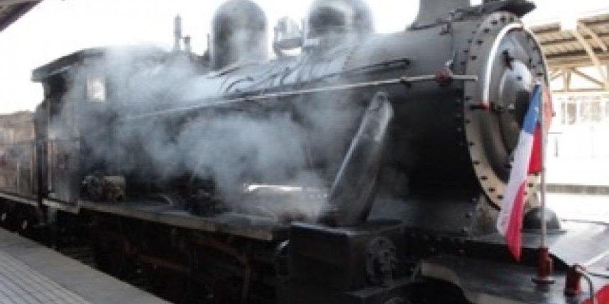 Histórica locomotora a vapor revive ruta típica a Til Til