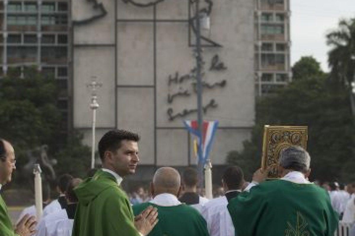 Durante la misa no habló de la situación política y social de Cuba. Foto:AP. Imagen Por:
