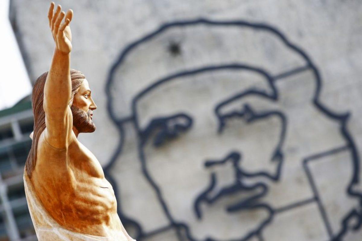 Se han arrestado más de 30 opositores que han tratado de acercarse al papa, reseñó el periódico español El País. Foto:AP. Imagen Por: