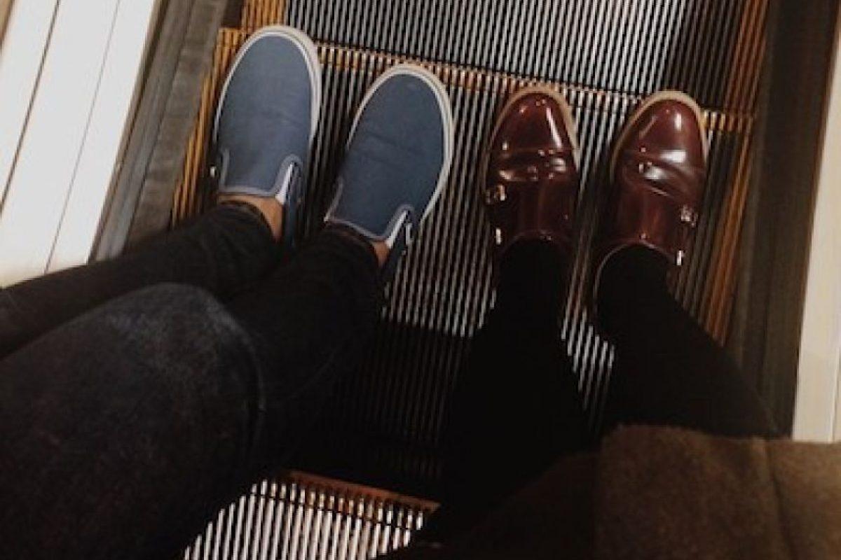 Evitar elementos de goma o caucho en los zapatos a la hora de entrar a una escalera eléctrica Foto:Instagram.com/explore/tags/escalator/. Imagen Por: