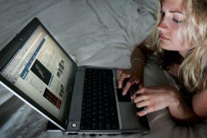 5.- Algunas estafas prometen decirles quien de sus contactos los ha eliminado, sin embargo, esto solo pondrá sus datos en riesgo Foto:Getty Images. Imagen Por:
