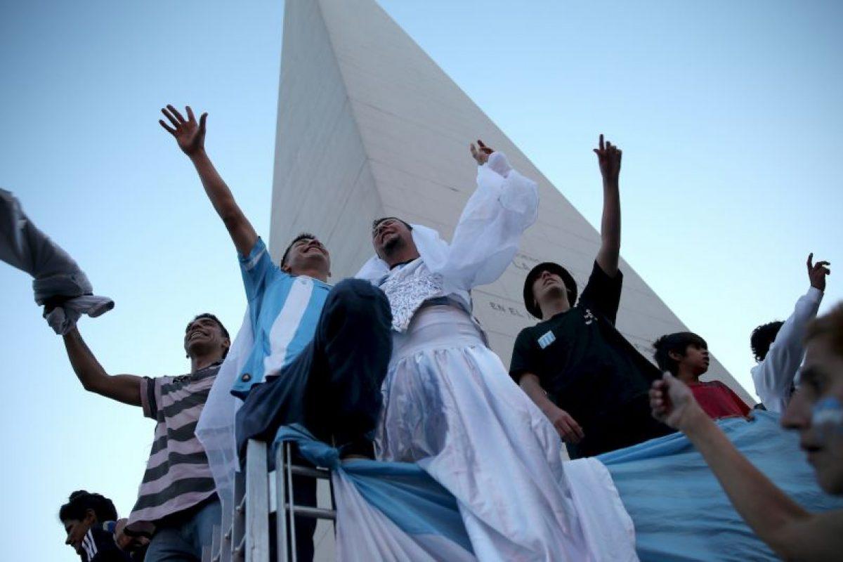 Es donde los bonaerenses celebran los triunfos Foto:Getty Images. Imagen Por: