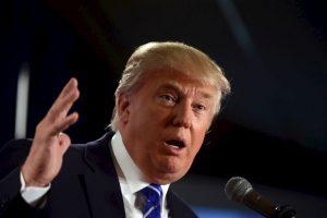 """Trump le dijo a Jeb Bush: """"La administración de tu hermano es responsable de que tengamos a Barack Obama de presidente"""". Foto:Getty Images. Imagen Por:"""