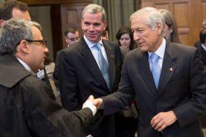 Delegación chilena en La Haya Foto:Agencia Uno. Imagen Por: