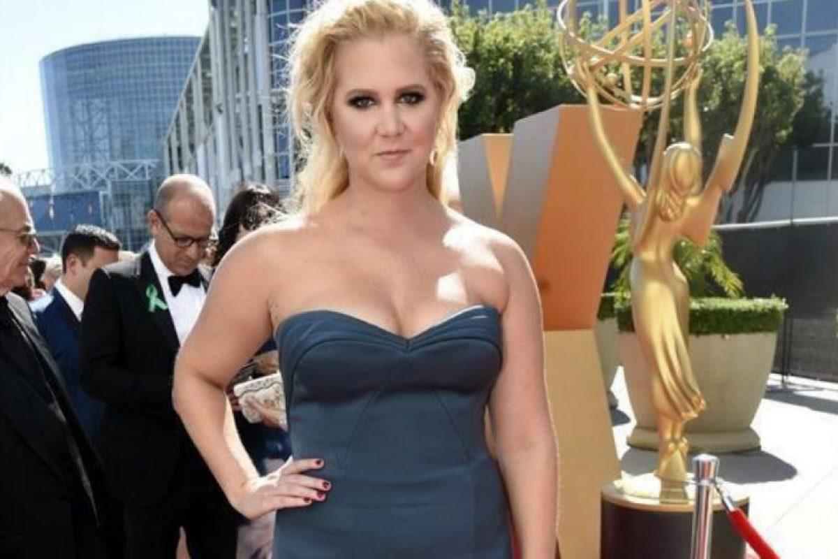 Parece que le hubiesen prestado ese vestido. Foto:vía Twitter. Imagen Por: