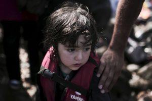 Algunos son huérfanos de guerra en Siria, otros perdieron a su familia en el viaje Foto:AFP. Imagen Por: