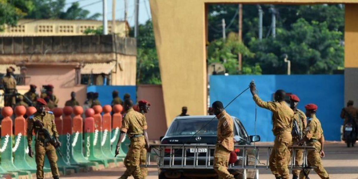Golpistas liberan a primer ministro interino de Burkina Faso