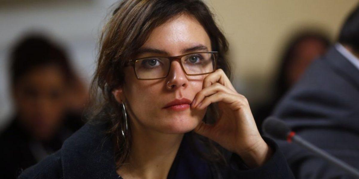 Camila Vallejo y Giorgio Jackson proponen reducir en 50% dieta parlamentaria