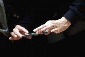 2) Conectarse a Internet mediante Wi-Fi. Foto:Getty Images. Imagen Por: