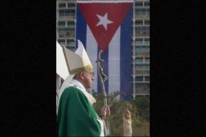 La misa oficiada en la Plaza de la Revolución Foto:AFP. Imagen Por: