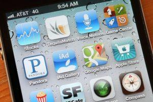 """4) Eliminación de la app """"Bang with friends"""". Foto:Getty Images. Imagen Por:"""