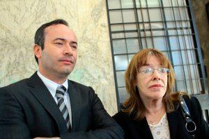 """Alex Matute y María Teresa Johns, hermano y madre de """"Coke"""", respectivamente Foto:Agencia Uno. Imagen Por:"""