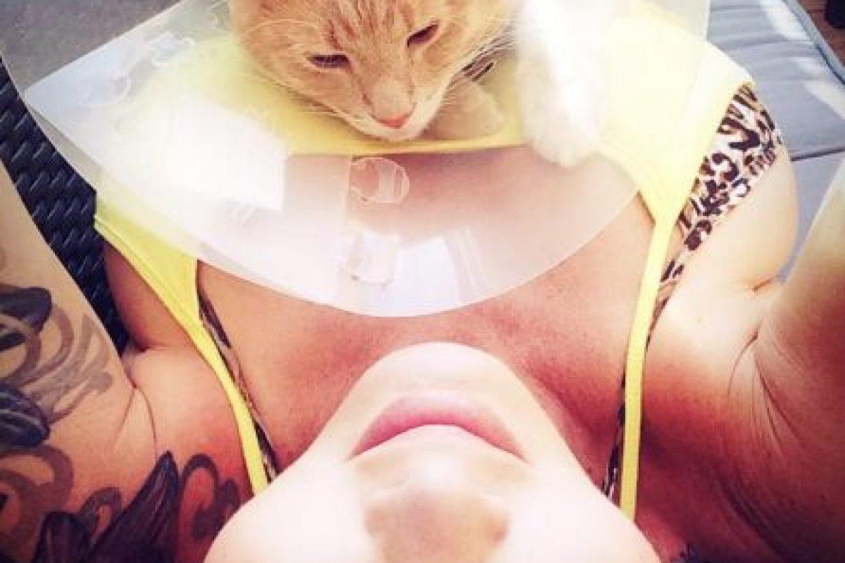 En redes sociales demuestra ser una amante de los animales Foto:Facebook.com/pages/Amina-Axelsson. Imagen Por:
