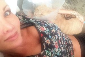 Sobre todo de los gatos Foto:Facebook.com/pages/Amina-Axelsson. Imagen Por: