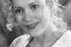"Interpretó a la aventurera ""Ursula Stanhope"", quien se enamora de ""George"". Foto:IMDB. Imagen Por:"