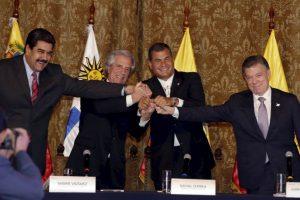 La reunión entre los mandatarios se llevó a cabo en el Palacio de Carondelet en Quito, Ecuador. Foto:AP. Imagen Por: