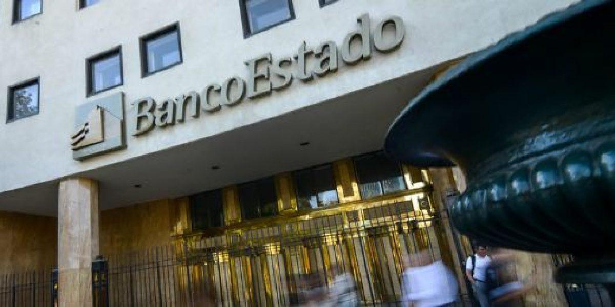 Hacienda: renuncia de Larraín a BancoEstado fue por negociación colectiva