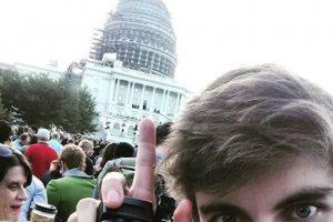 Quienes asistieron al Capitolio no perdieron la oportunidad de capturar el momento Foto:Instagram.com/explore/tags/popefrancis/. Imagen Por: