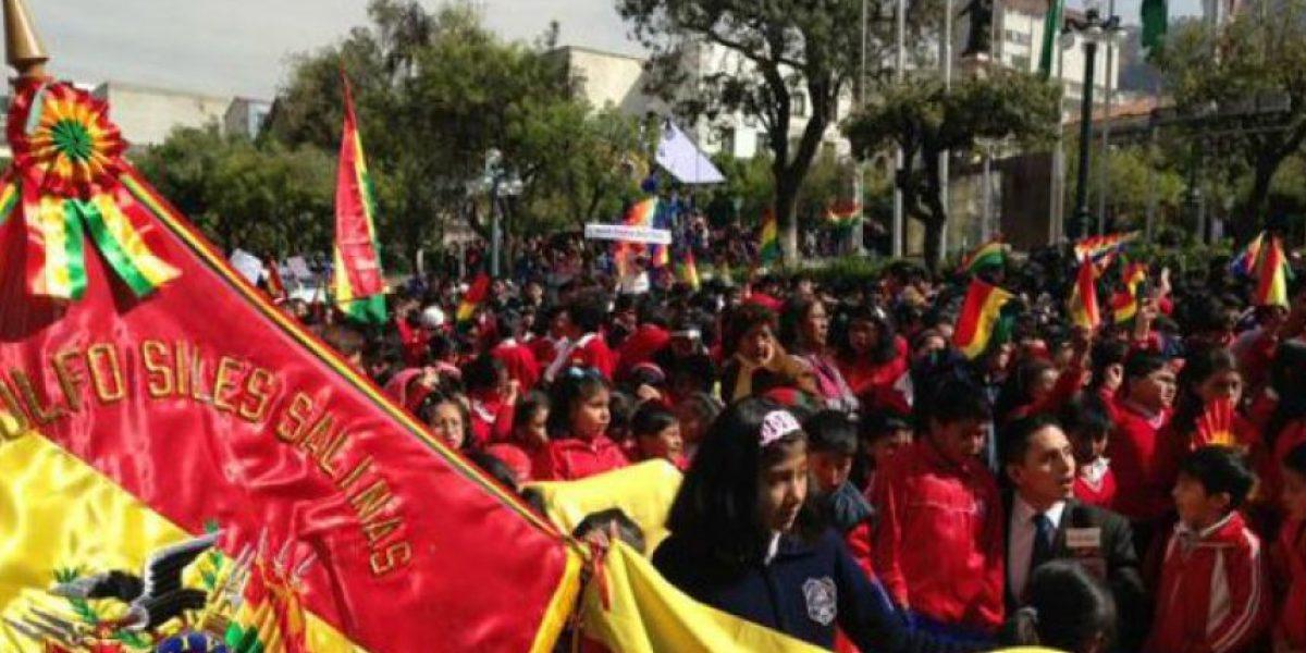 Bolivianos festejan en las calles tras fallo de la Corte de La Haya