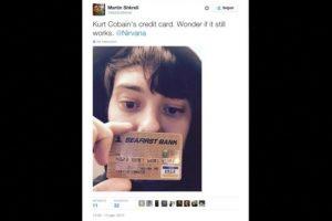 """""""La tarjeta de crédito de Kurt Cobain. Me pregunto si aún funcionará"""", explicó mostrando el objeto Foto:Twitter.com/MartinShkreli. Imagen Por:"""
