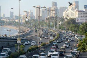2. Mumbai. Esta ciudad en la India tiene a los trabajadores que laboran dos mil 277 horas al año. Foto:Getty Images. Imagen Por: