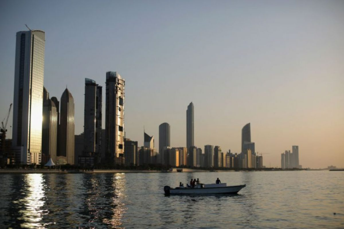 6. Dubai. En promedio los trabajadores laboran dos mil 186 horas al año. Foto:Getty Images. Imagen Por: