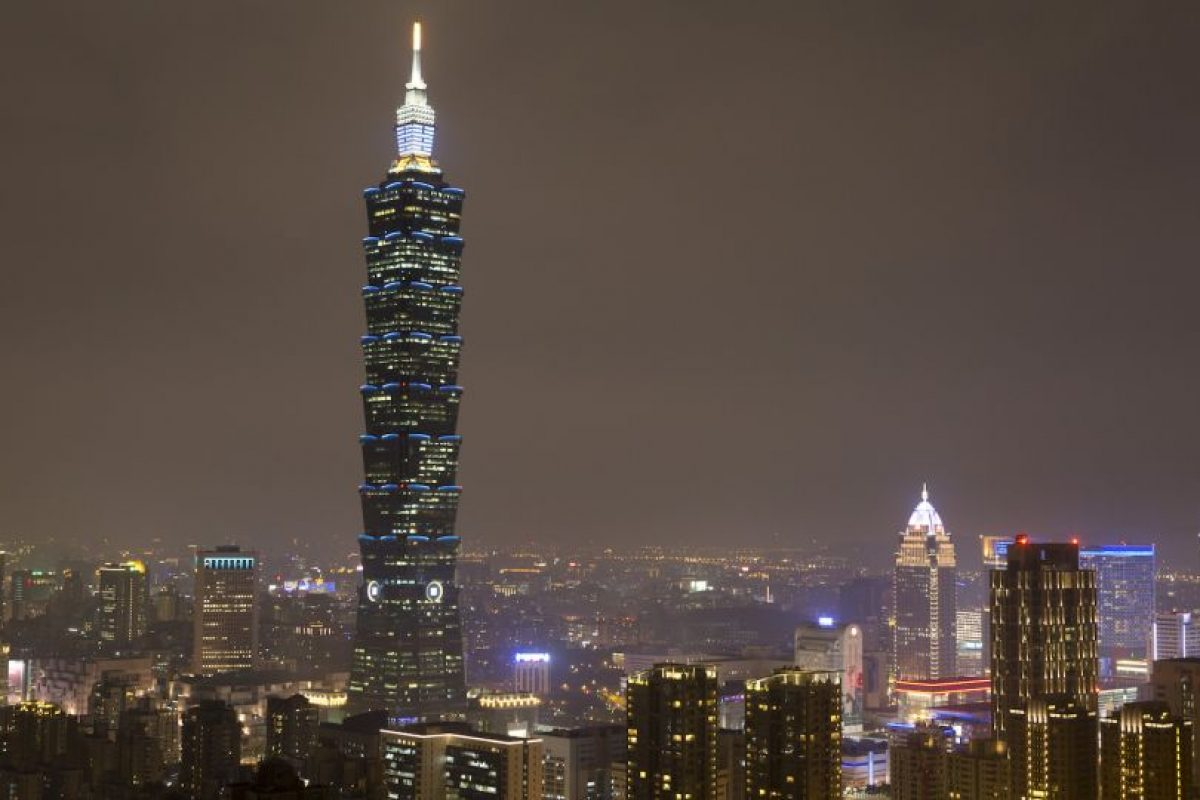 8. Taipei. Los trabajadores de esta ciudad de Taiwán, trabajan al año dos mil 141 horas anualmente. Foto:Getty Images. Imagen Por: