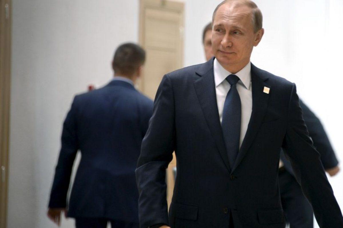 Por esa razón, el verdadero Putin lo llamó y lo invitó a tener una reunión para discutir los temas de interés del músico. Foto:Getty Images. Imagen Por: