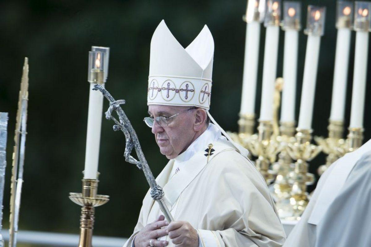 Ofreció una misa en la Catedral de San Mateo Apóstol. Foto:AFP. Imagen Por: