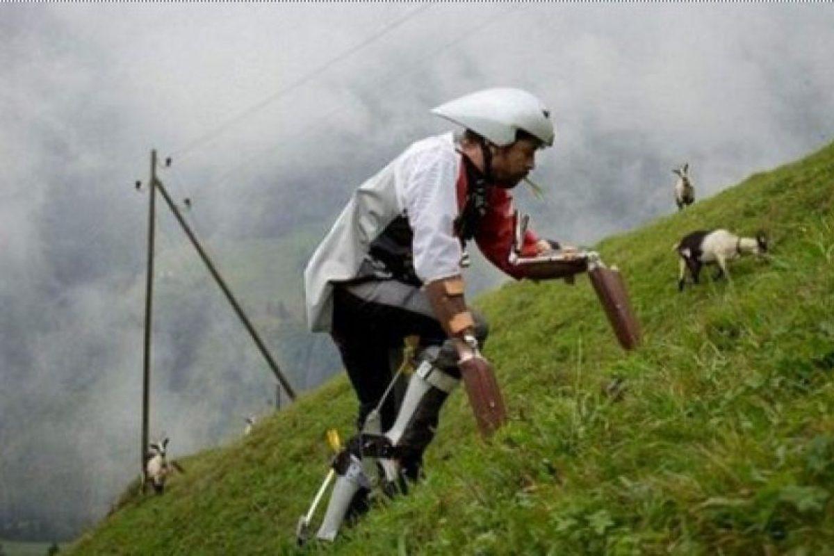 Foto:Se cansa de ser hombre y se convierte en cabra. Imagen Por:
