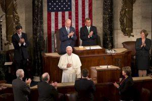 El jueves dio un discurso frente al Congreso estadounidense donde pidió la abolición de la pena de muerte. Foto:AP. Imagen Por: