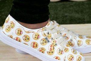 Zapatos deportivos. Foto:instagram.com/willd_rude_girl. Imagen Por: