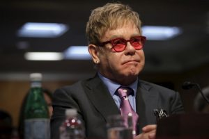 El músico Elton John recibió una supuesta llamada del presidente ruso Vladimir Putin. Foto:Getty Images. Imagen Por: