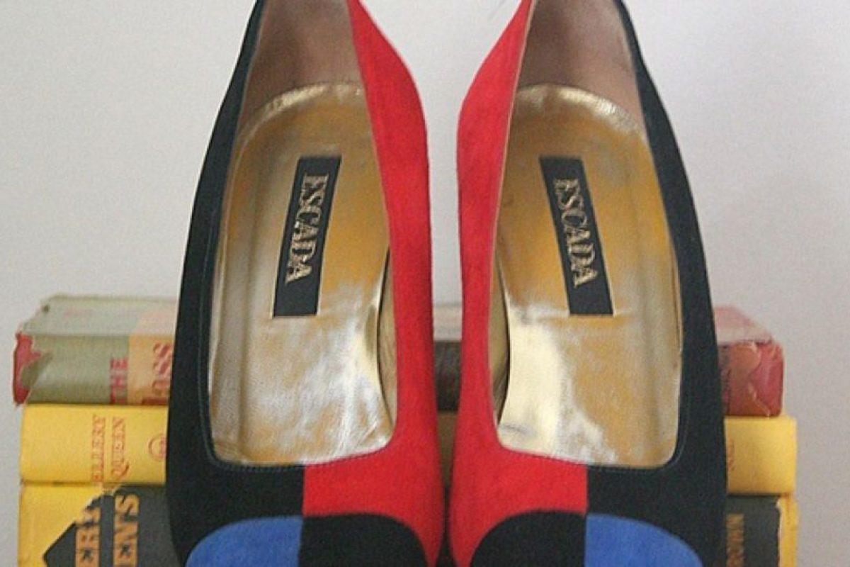 Tenía 148 pares de zapatos. Foto:vía Etsy. Imagen Por: