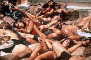 Hacía orgías con desnudistas, pues le gustaban también las mujeres. Foto:vía Tumblr. Imagen Por: