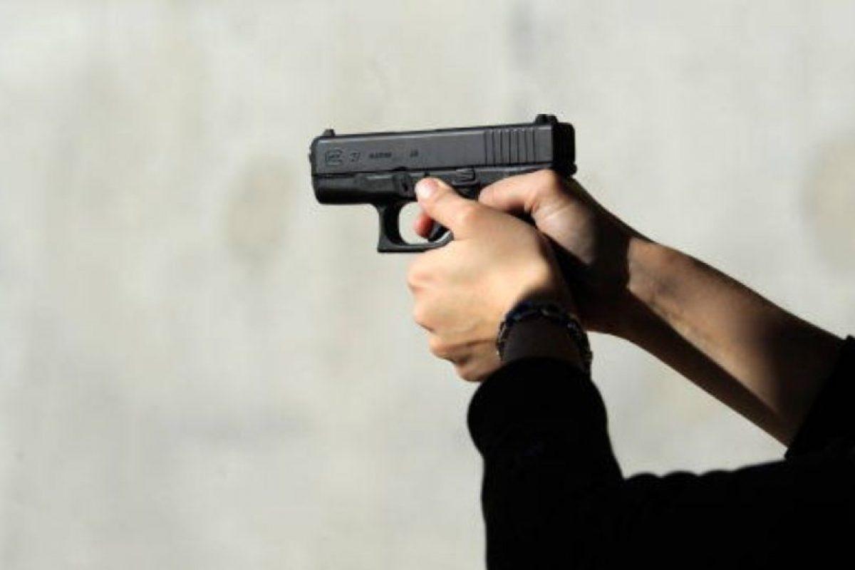 Coleccionaba armas. Siempre cargaba una Pietro Beretta consigo. Foto:vía Getty Images. Imagen Por: