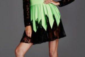 Este vestido conceptual en… Foto:vía Getty Images. Imagen Por: