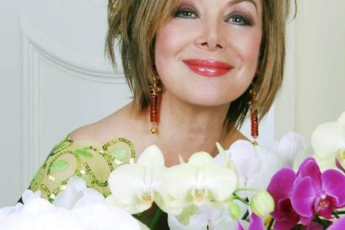Ahora vive en Miami y es una celebridad por su vida junto al capo (aunque ya era conocida como una preparada periodista y diva televisiva en Colombia). Foto:vía Facebook/Virginia Vallejo García. Imagen Por: