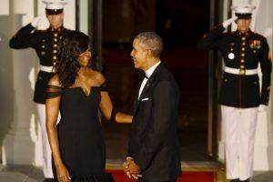 El presidente estadounidense reconoció lo bella que lucía su mujer. Foto:AFP. Imagen Por:
