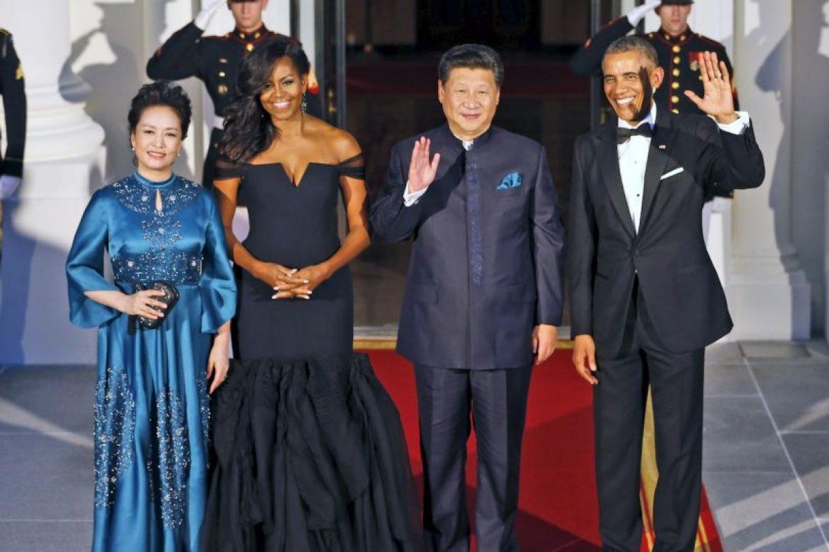 La primera dama china también destacó por su elegancia. Foto:AP. Imagen Por: