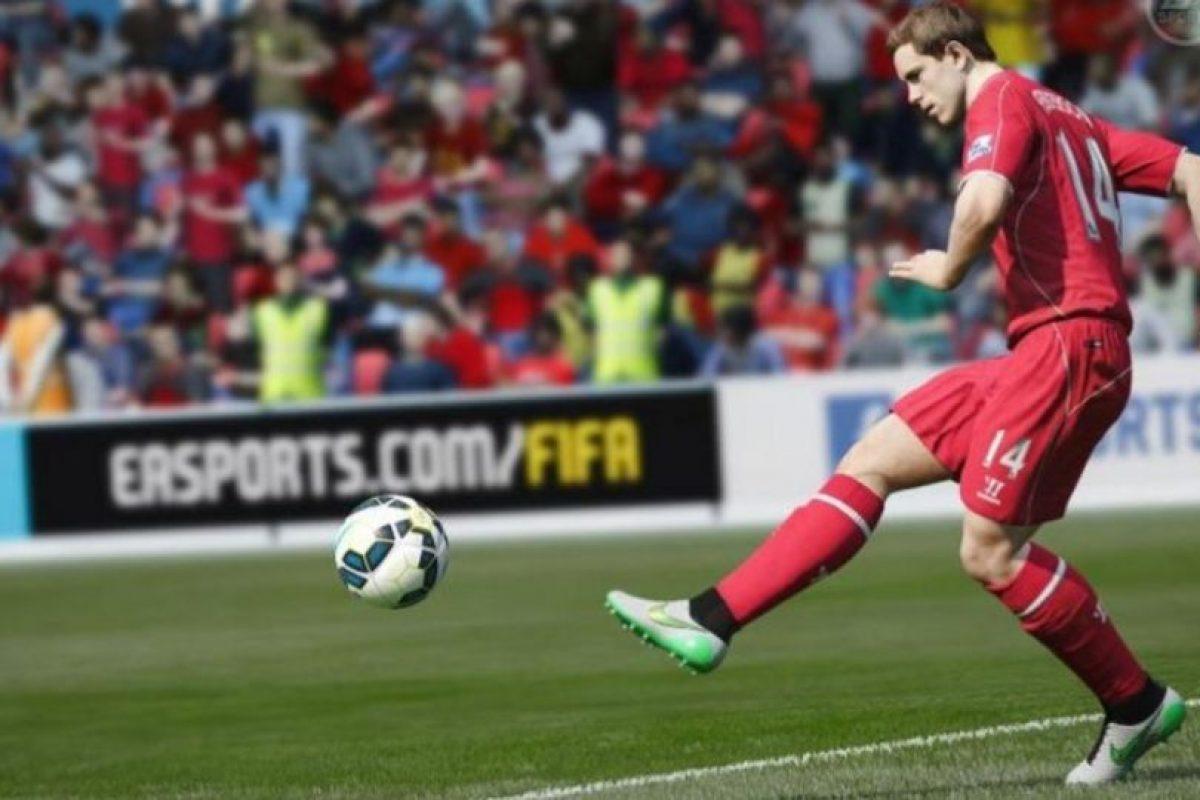 Los jugadores saben cómo moverse para bloquear los espacios abiertos, evitar que los pases lleguen a los rivales y detener el ataque contrario. Foto:EA Sports. Imagen Por: